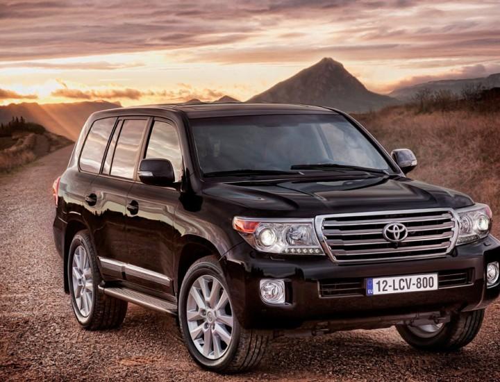 Toyota Land Cruiser Prado 200 Car Rental in Astana